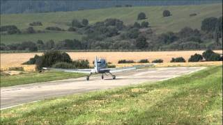 Cirrus SR22T Take Off And Low Pass