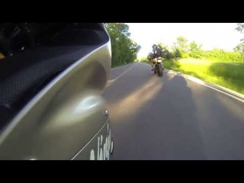 Kawasaki Ninja 636 rider crashes into ditch