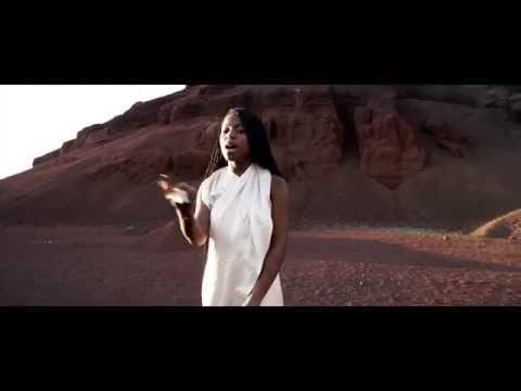 Sabina Ddumba - Effortless (Official Video) (видео)