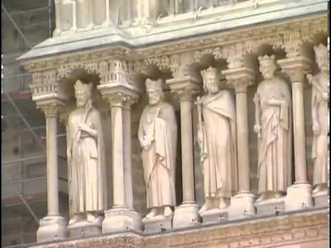 Готический Собор Парижской Богоматери (Нотр-Дам)