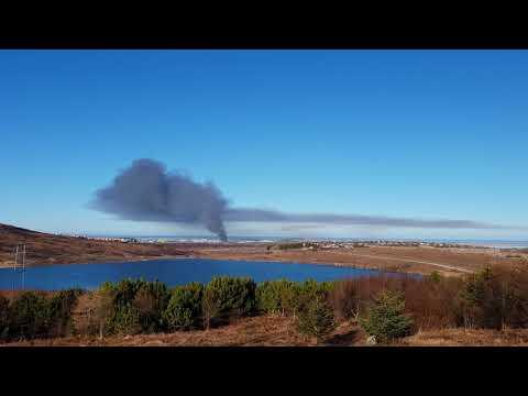 Video Bruni í Miðhrauni, Garðabæ. download in MP3, 3GP, MP4, WEBM, AVI, FLV January 2017