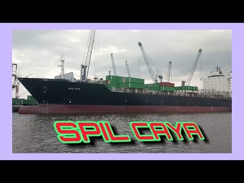 SPIL Caya Berthing at Surabaya Port