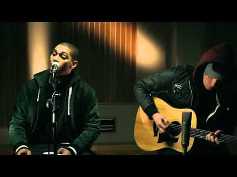 L Marshall - 'Traktor' (Acoustic)