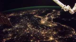 ISS Timelapse - Europe blinding lights & Arabian Moonrise (12 Febbraio 2015)
