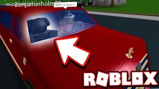 I ADOPTED A DOG IN BLOXBURG!!! *NEW LIMO TROLL* (Roblox)