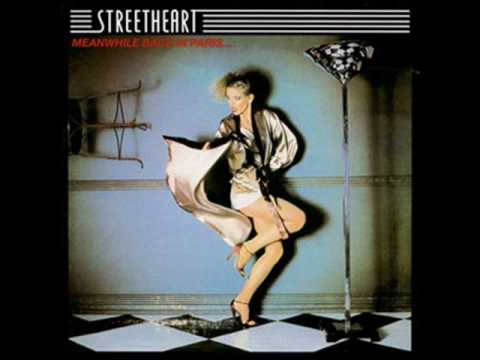 Tekst piosenki Streetheart - Action po polsku