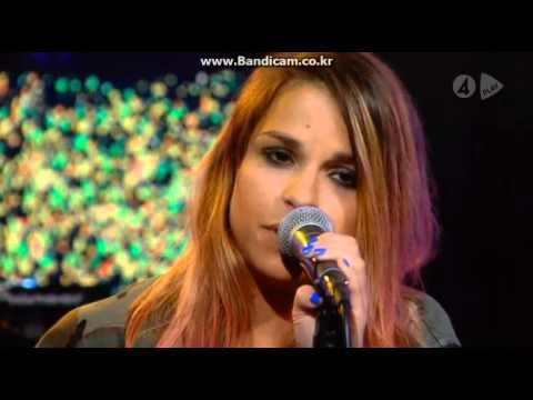 Alina Devecerski - Krigar precis som du (Live @ Nyhetsmorgon)