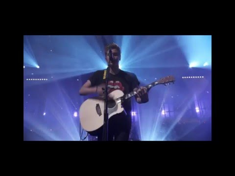 5 Seconds Of Summer - Beside You Live From The Itunes Festival