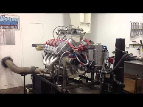 828 cubic-inch Ford Hemi on the dyno