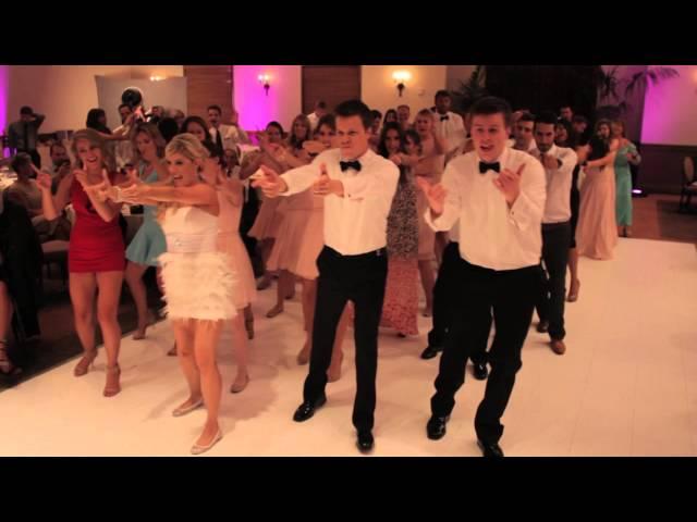 Flash-mob-wedding-dance-kesha-s
