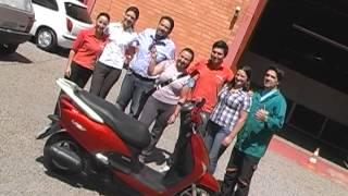 Sindicato entrega moto para metalúrgica de Garibaldi