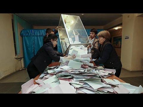 Καζακστάν: Σαρωτική η νίκη του κόμματος του προέδρου