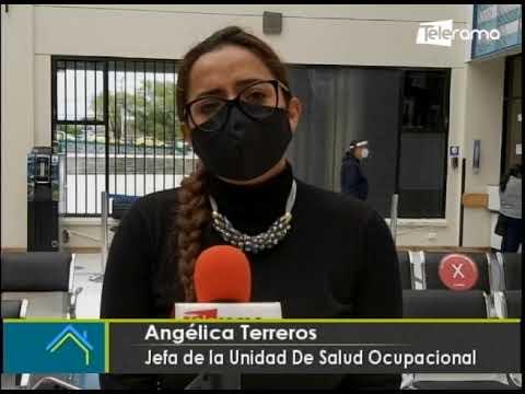 Acto simbólico en Hospital del IESS por el día internacional de eliminación  de violencia contra la mujer