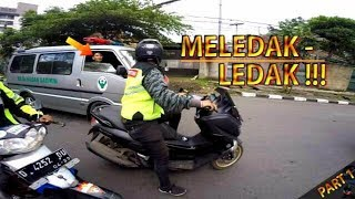 Video KETIKA AMBULANCE DIHADANG KERETA API | ESCORTING AN AMBULANCE #20 MP3, 3GP, MP4, WEBM, AVI, FLV Mei 2019