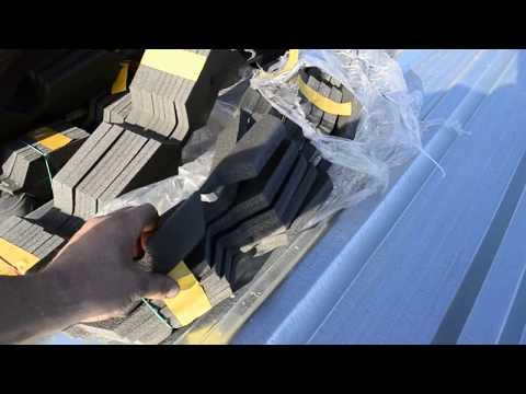 2700м.кв. Крыша из Пофнастила. Чем уплотнять зазор между коньком и листами из профнастила