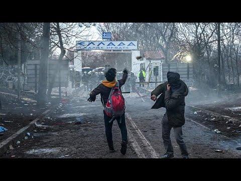 Έβρος: Εκατοντάδες μετανάστες επιχειρούν να περάσουν σε ελληνικό έδαφος …