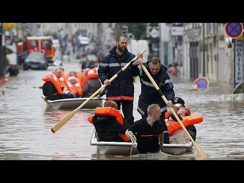 Πρωτοφανείς πλημμύρες στην Γαλλία