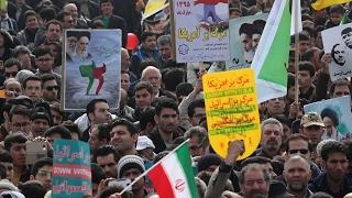 کیهان لندن - از انقلاب تا واقعیت