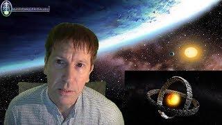 http://www.davidparcerisa.orgEs el misterio Astronómico más grande, nadie sabe qué está pasando entre la constelacion del Cisne y Lyra, la estrella KIC 8462852 presenta unas fluctuaciones en su espectro de luz que ha hecho sospechar a algunos científicos la posibilidad de que una civilización alienígena esté trazando alrededor de la misma, una maquinaría para absorber su energía...