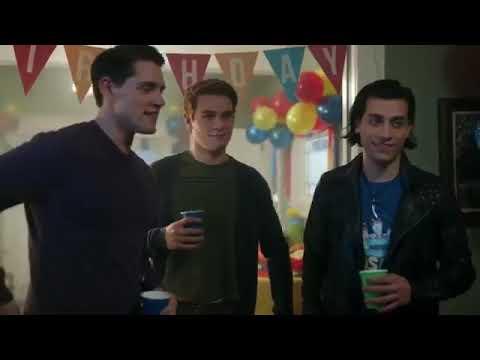 Riverdale Veronica & Archie 1x10 (2/3)