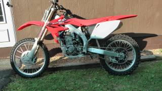 9. 2007 Honda CRF450R Dirt Bike start up - High Definition - HD