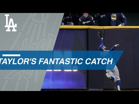 Video: Taylor saves a run with an incredible catch in Game 7