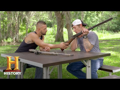 Swamp People: Jay and Chase Compare Their Favorite Guns (Season 9) | History