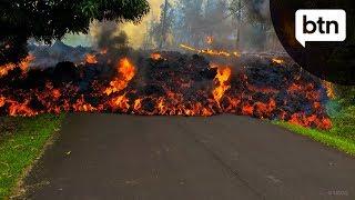 Video Hawaii's Kilauea Volcano - Behind the News MP3, 3GP, MP4, WEBM, AVI, FLV Juli 2018