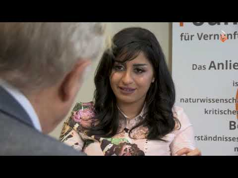 Richard Dawkins interviews Saudi Arabian atheist author Rana Ahmad