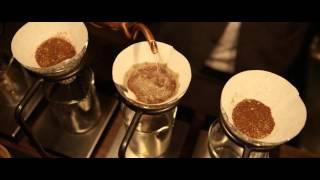 国内浅煎コーヒーのトップ、Glitch Coffee