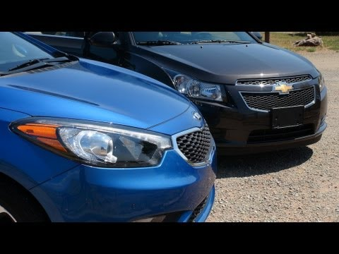 2014 KIA Forte Sedan vs Chevy Cruze Diesel 0-60 MPH Mashup Review