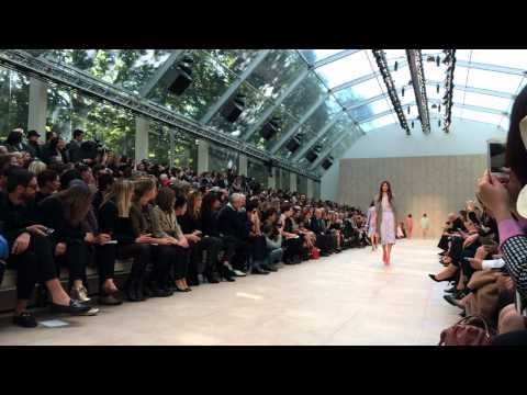 Burberry Prorsum catwalk show, shot entirely with the new iPhone 5s