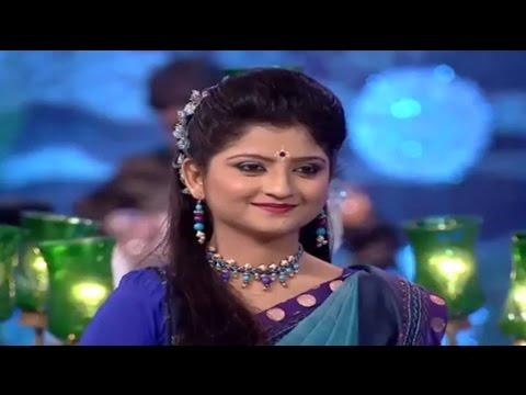 Download Aditi Munshi || Radha Krishnor Milon Holo || Kirtan Song HD Mp4 3GP Video and MP3