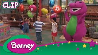 Happy 4th! Look up and learn. Barney and friends fly the Red, White and Blue Flag to celebrate the 4th July.WATCH A NEW BARNEY VIDEO EVERY THURSDAY RIGHT HERE ON THE OFFICIAL YOUTUBE CHANNEL.Welcome to Barney and Friends' home on YouTube, where you can find the video clips and full episodes!In the world of Barney, sharing and caring are key, imaginations flourish and there is always a dance at every turn! Join everyone's favorite purple dinosaur, as he and his dino-pals, Baby Bop, BJ and Riff, help give children the range of skills they need to grow using tons of music, fun and laughs to guide the way!For more fun with Barney and Friends, visit the Official Barney and Friends YouTube Channel at http://youtube.com/barneyandfriends
