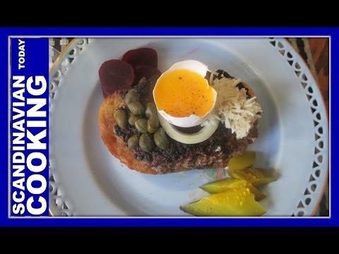 Smørrebrød – Pariser bøf – Paris Beef Open-faced sandwich