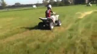 8. Jildar full speed op de Suzuki QuadSport Z90 van Wessel @Zi