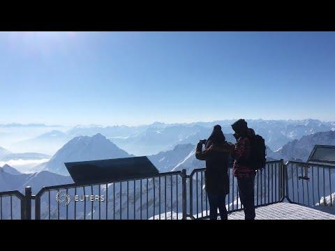Sonnenschein auf Eis: Traumpanorama auf der Zugspitze