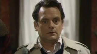 Del Gets Conned - Only Fools and Horses - BBC