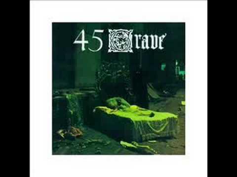 Tekst piosenki 45 Grave - Evil po polsku