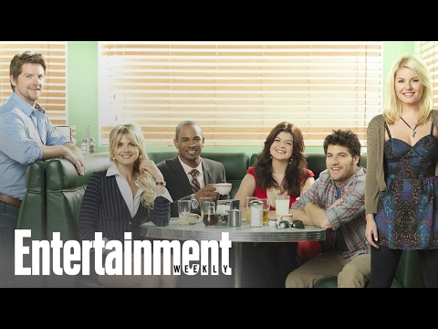 First Few Minutes Of The Happy Endings Deleted Episode | PopFest | Entertainment Weekly