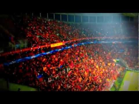 Galatasaray - Schalke 04 maç öncesi tribün show (fener ağlama)