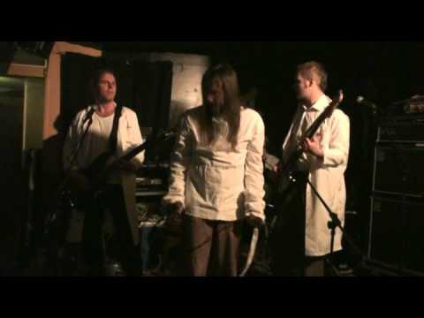 Rankkuri: Para (live) online metal music video by RANKKURI