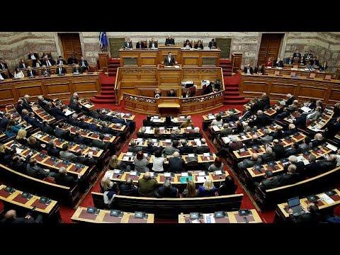 [LIVE]: «Μάχη» στη Βουλή για την ψήφο εμπιστοσύνης