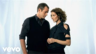 Music video by Garou;Céline Dion performing Sous Le Vent. YouTube view counts pre-VEVO: 551,210 (C) 2001 Sony Music Entertainment (Canada) Inc.