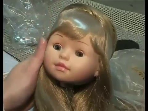 Manufacturing Process of Paola Reina Dolls
