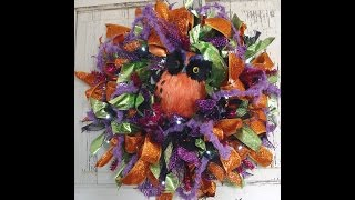Halloween Ribbon Wreath Tutorial by Trendy Tree
