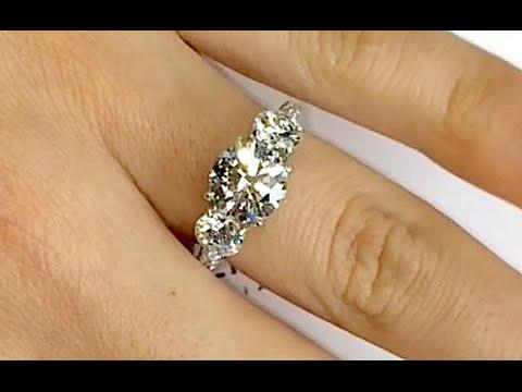 Round Diamond 3-Stone Engagement Ring