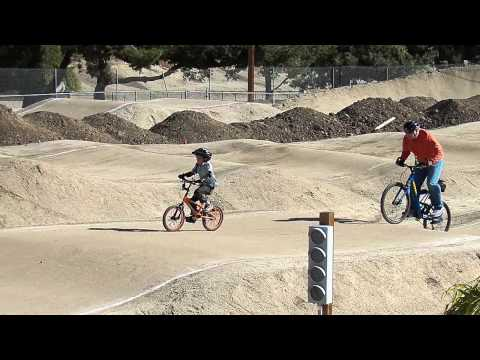 Toby BD Party At Simi Valley BMX Park - William & Bob Race 100 0924