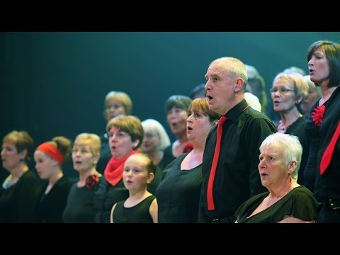 Thurrock Community Chorus performs with Royal Opera Chorus