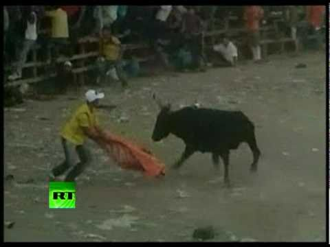 Graphic video of Colombia bullfight rampage as 48 left injured
